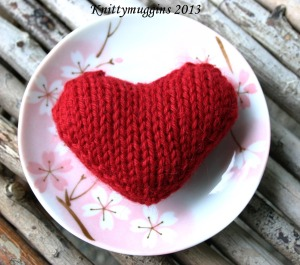 Hand Knit Valentines for Knittymunchkin's Prescchool Friends